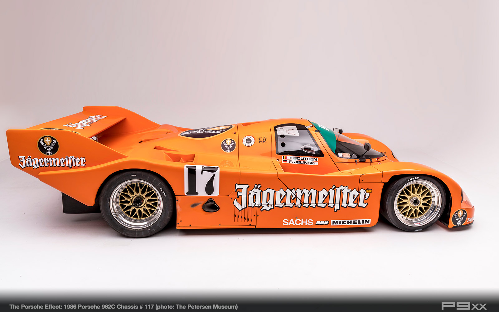 1986-Jagermeister-962C-Chassis-117-Petersen-Automotive-Museum-The-Porsche-Effect-438