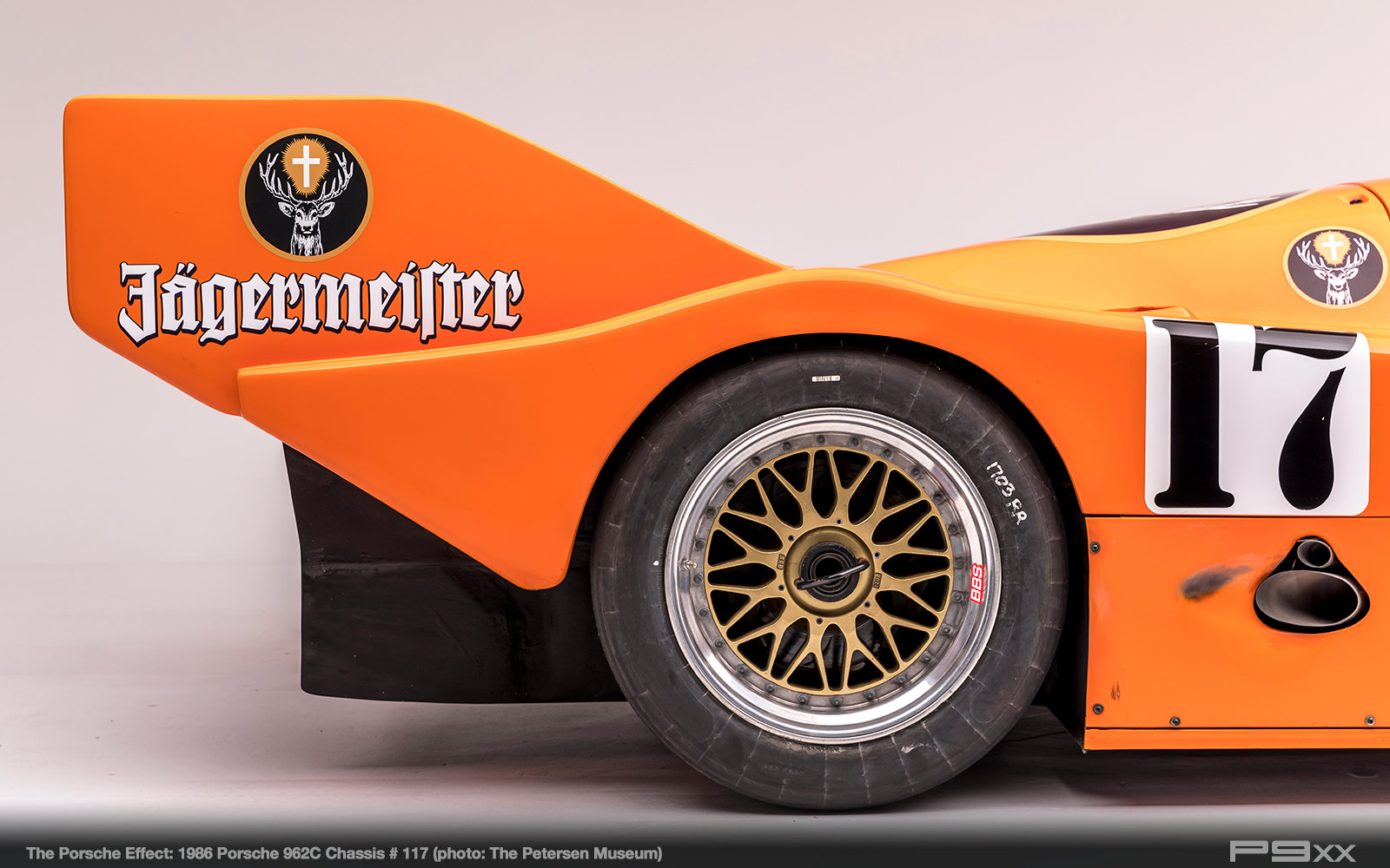 1986-Jagermeister-962C-Chassis-117-Petersen-Automotive-Museum-The-Porsche-Effect-441