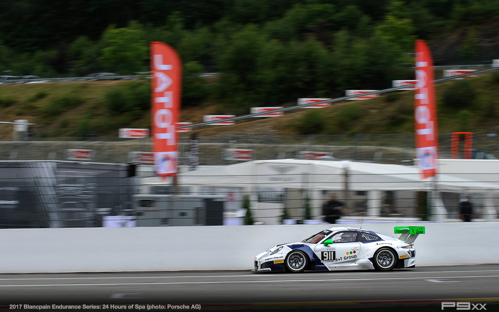 2017-24-Hours-of-Spa-Porsche-307