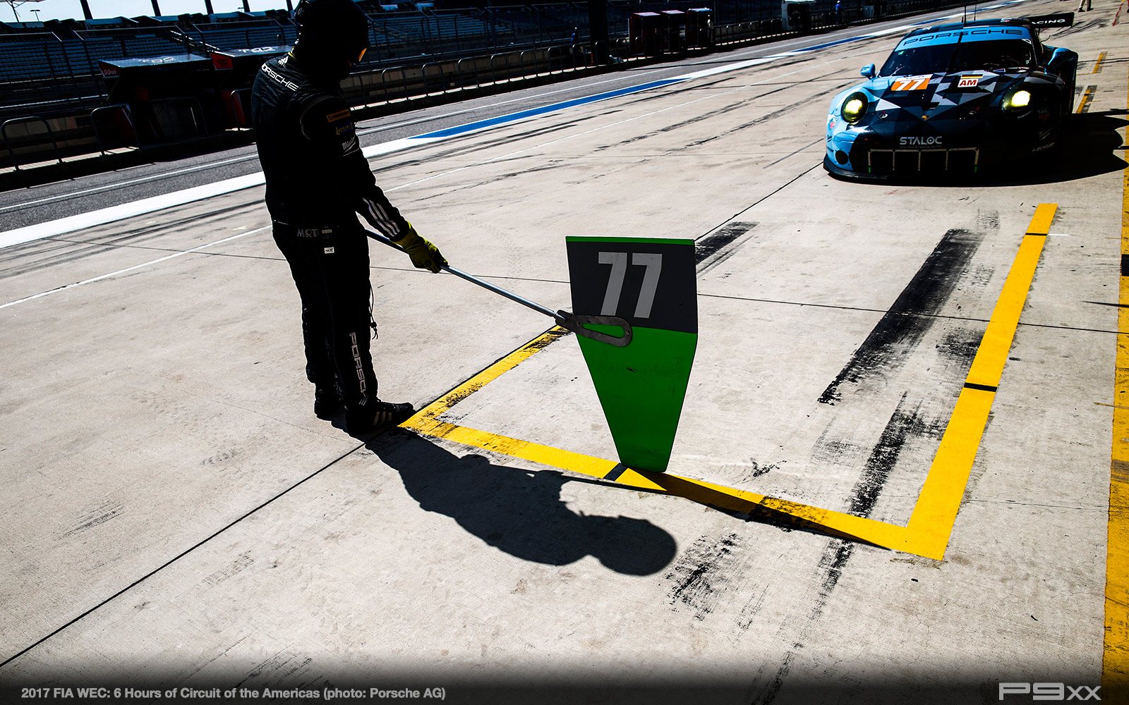 2017-FIA-WEC-6-HOURS-OF-COTA-PORSCHE-402