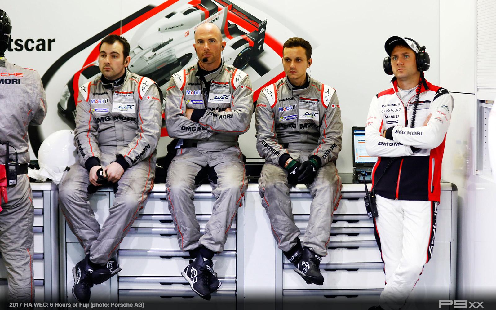 2017-FIA-WEC-6h-of-Fuji-Porsche-375
