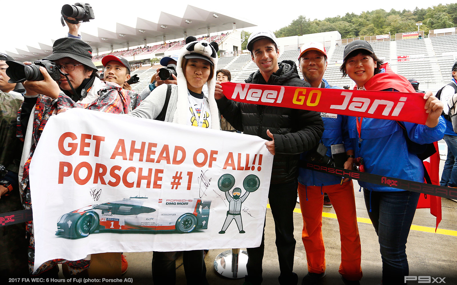2017-FIA-WEC-6h-of-Fuji-Porsche-413