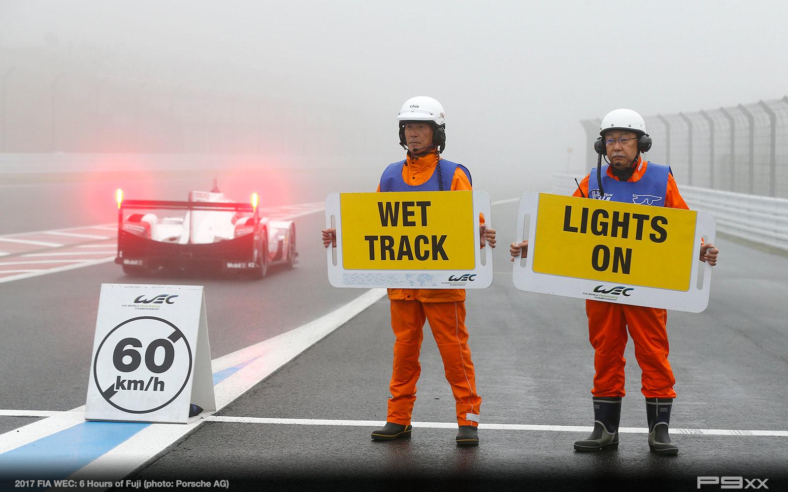 2017-FIA-WEC-6h-of-Fuji-Porsche-424