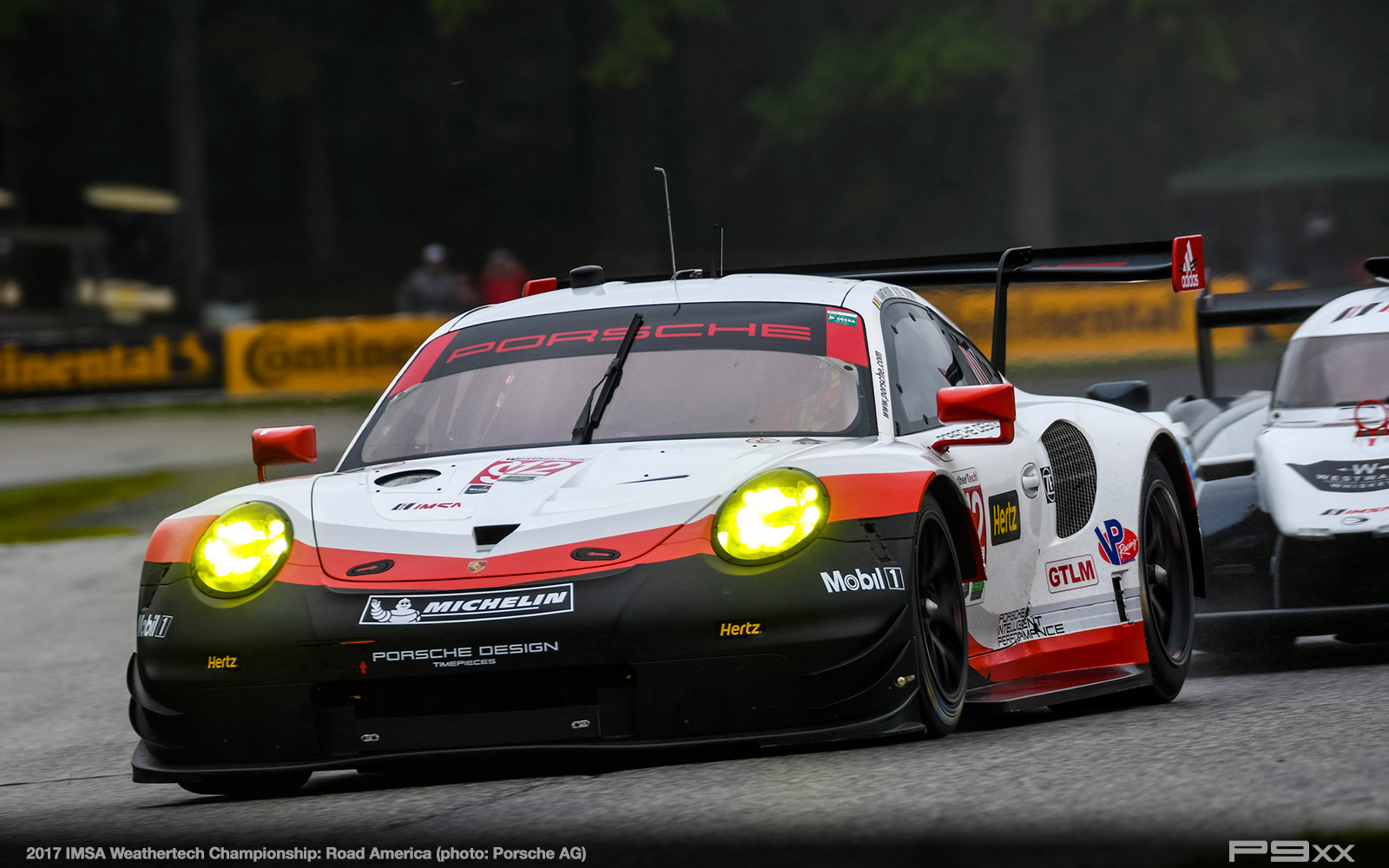 2017-IMSA-Weathertech-Road-America-Porsche-290