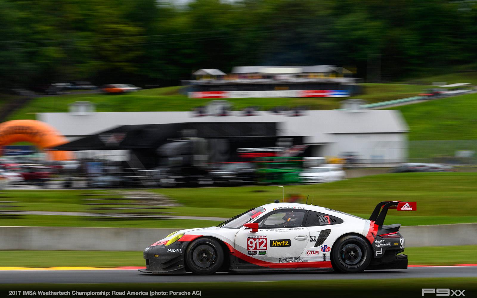 2017-IMSA-Weathertech-Road-America-Porsche-295