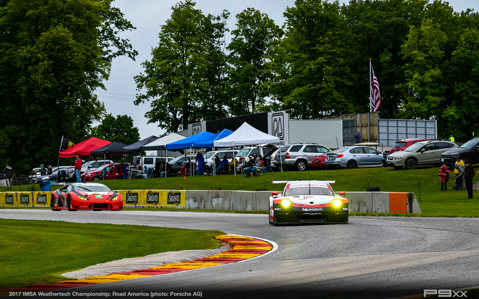 2017-IMSA-Weathertech-Road-America-Porsche-300