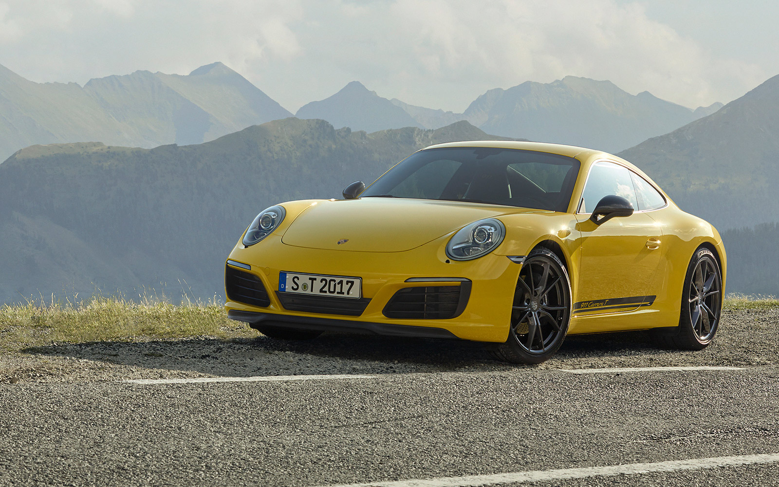 Porsche-911-Carrera-T-302