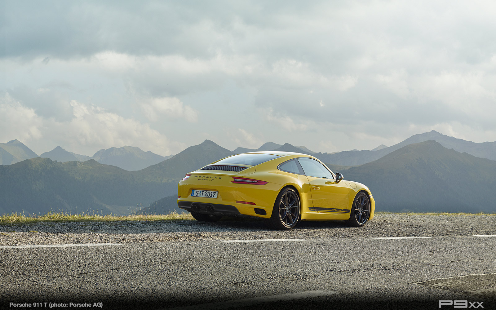 Porsche-911-Carrera-T-303