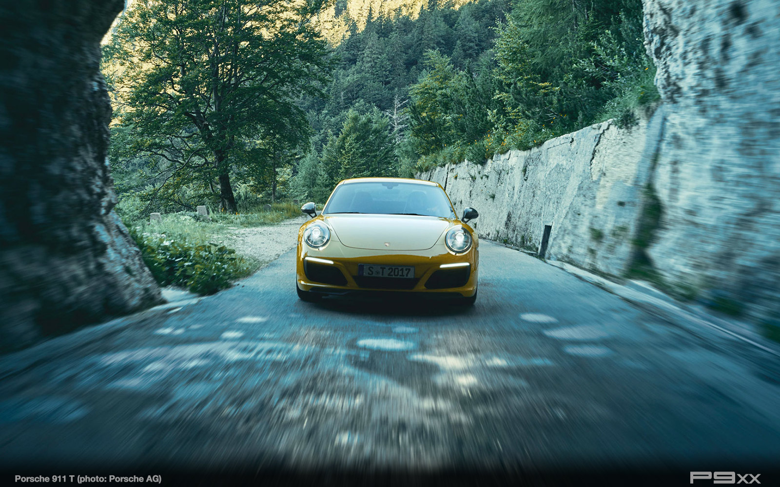 Porsche-911-Carrera-T-327