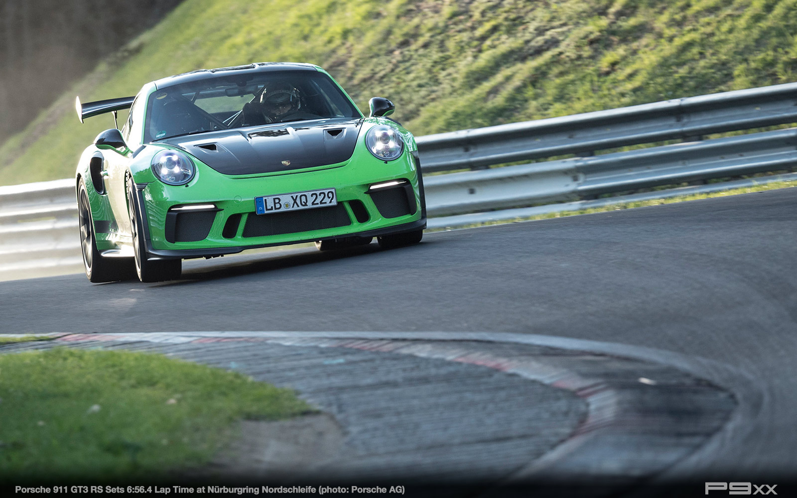 Porsche-911-9912-GT3-RS-Sets-Nurburgring-Lap-Time-287