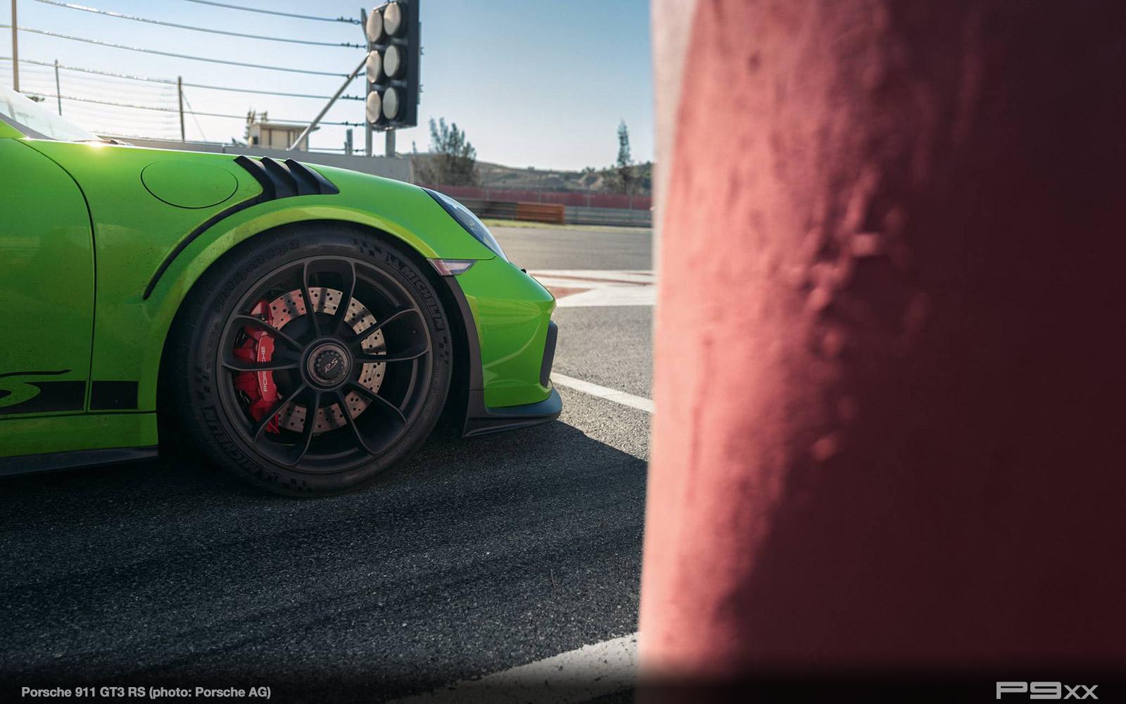 Porsche-991-2-911-GT3-RS-305