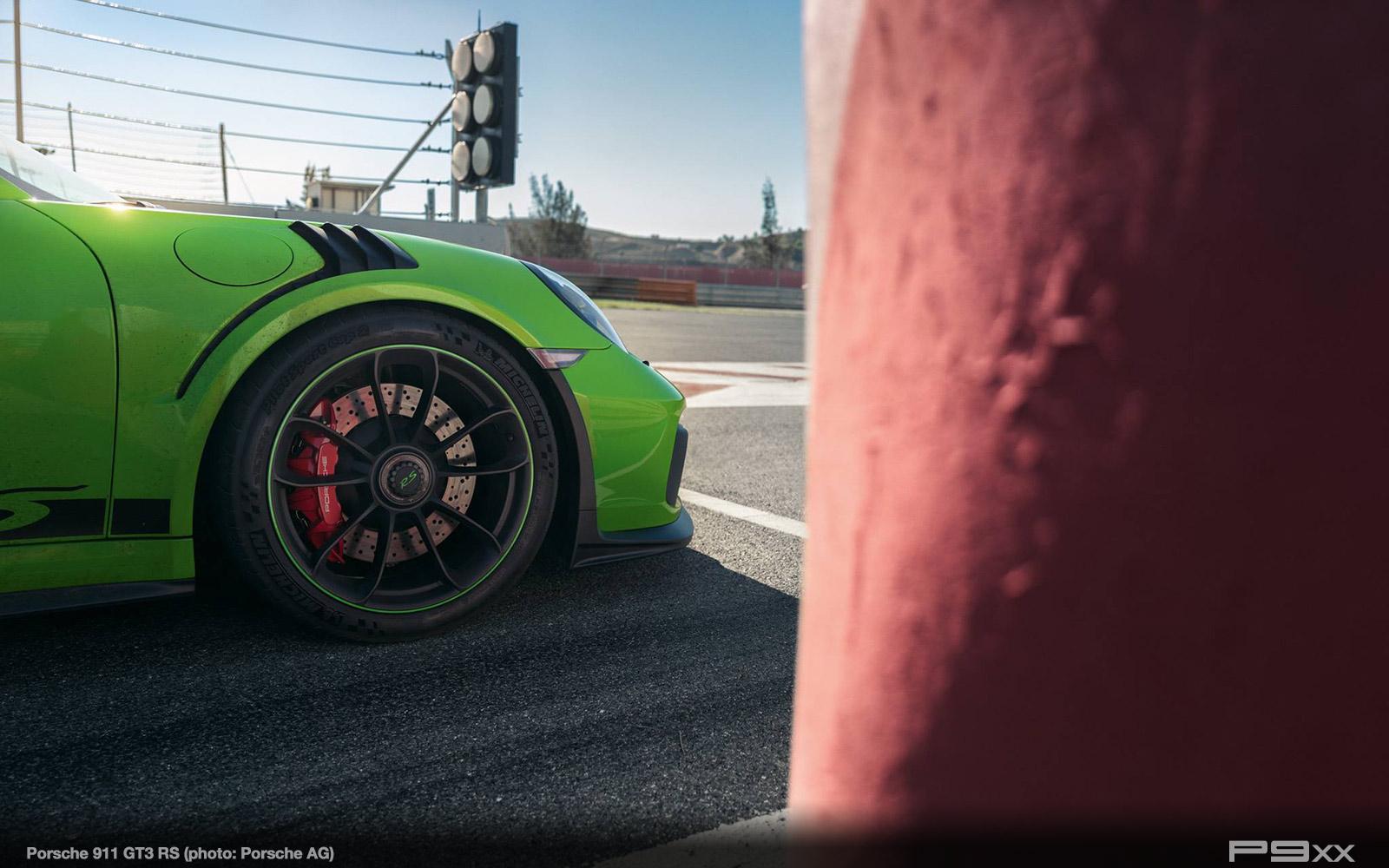 Porsche-991-2-911-GT3-RS-319