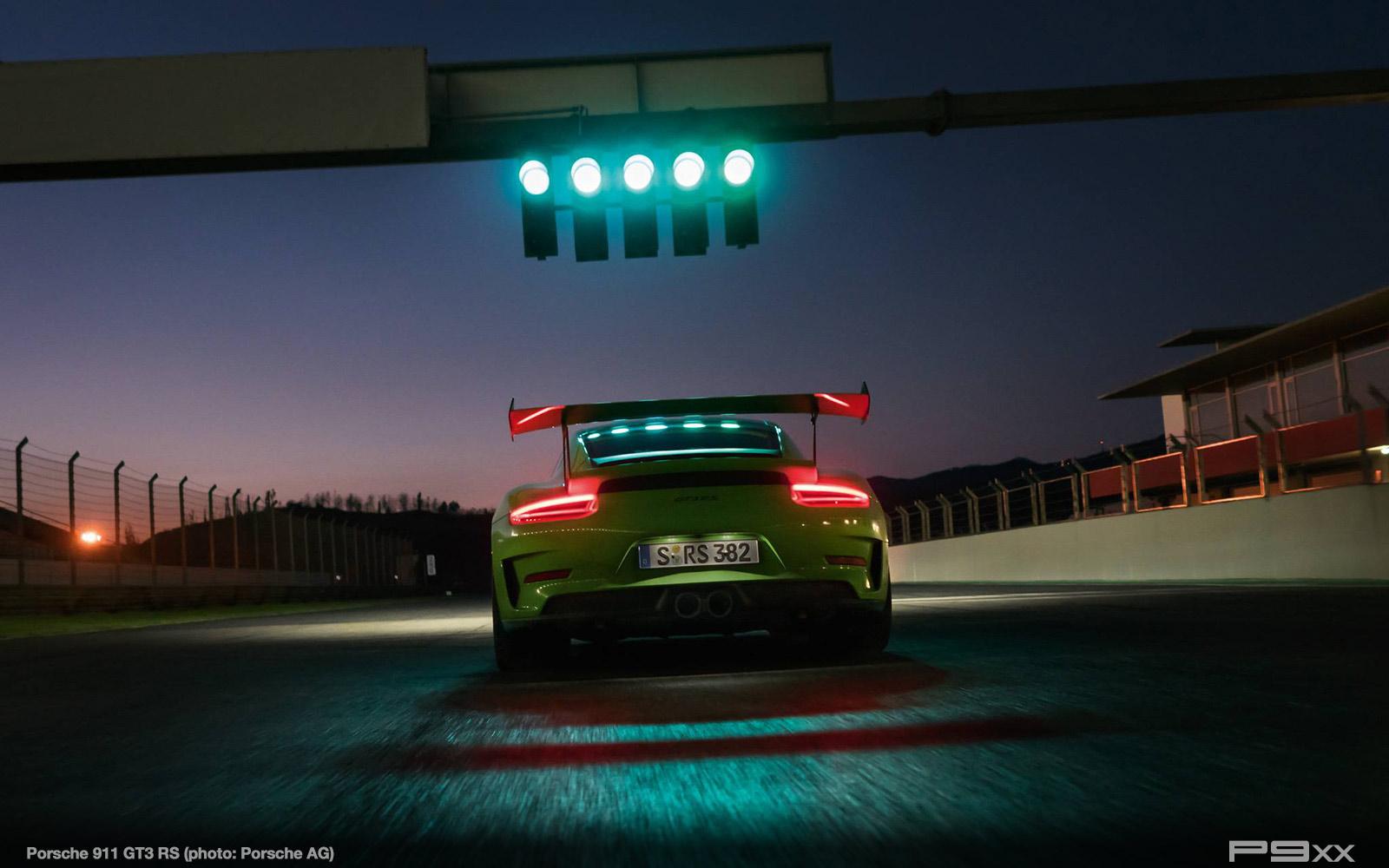 Porsche-991-2-911-GT3-RS-326