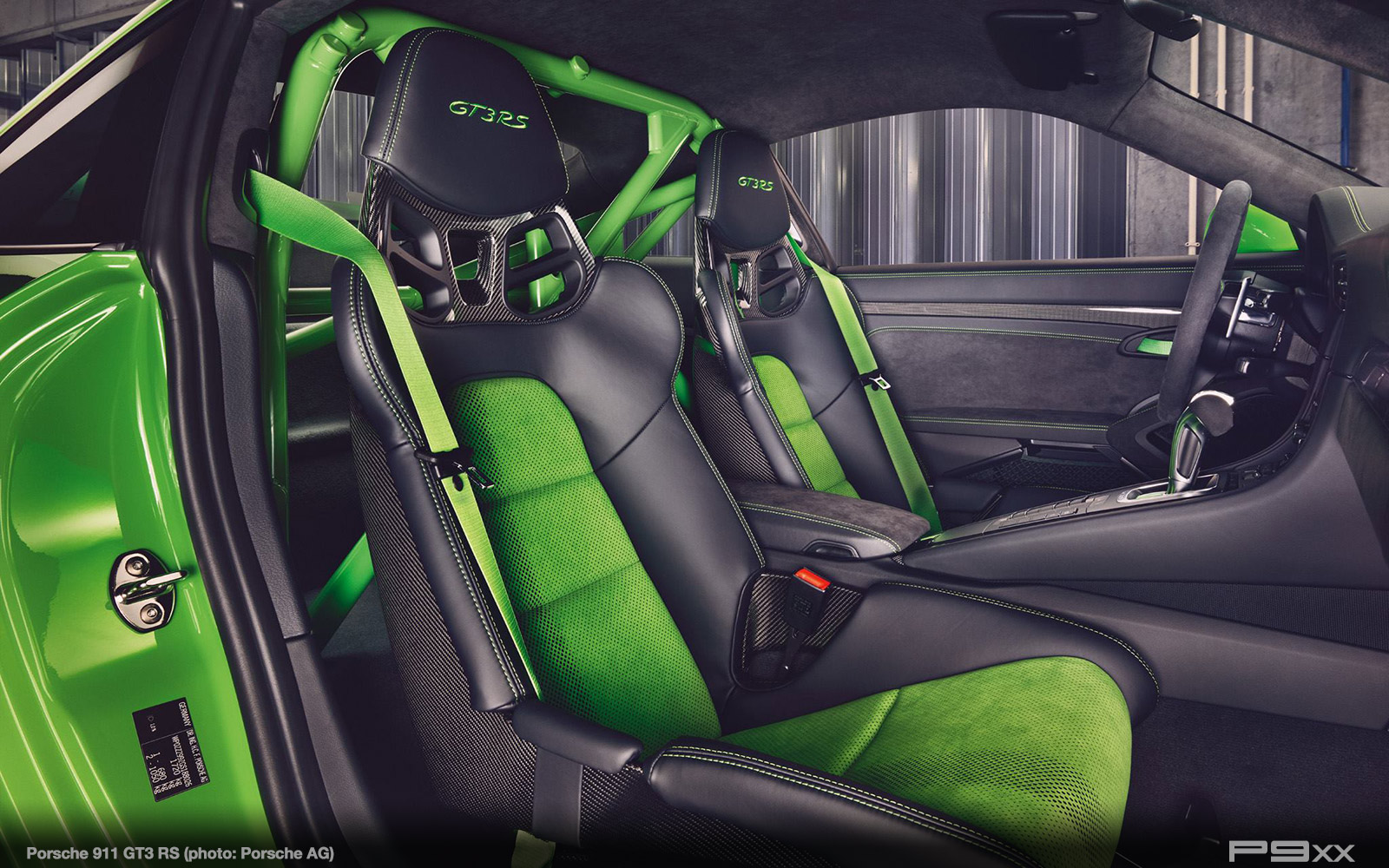 Porsche-991-2-911-GT3-RS-387