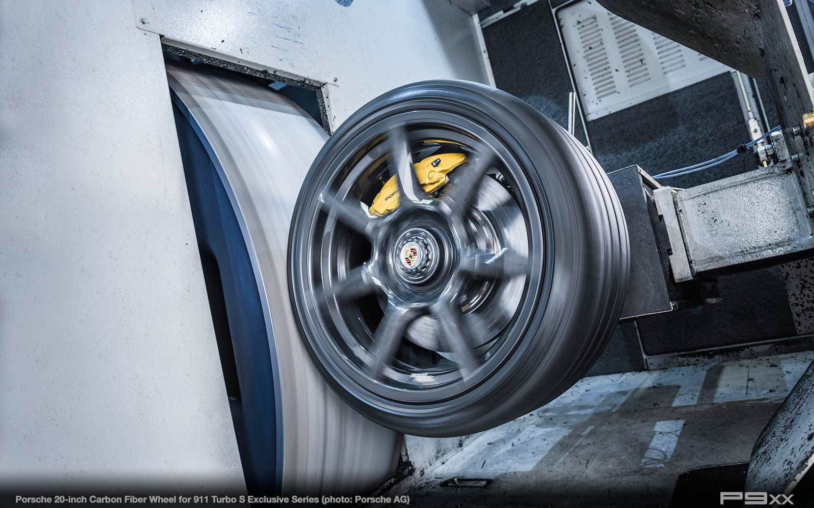 Porsche-911-Turbo-S-Exclusive-Series-Carbon-Fiber-Wheel-513