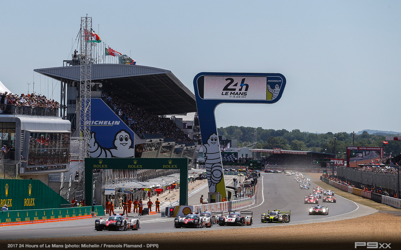 2017-24-hours-of-lemans-017_05_24-Heures_du_Mans__F2_1367286
