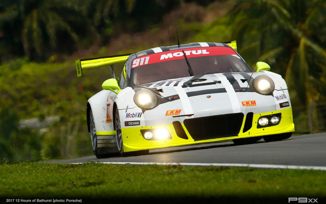 Bathurst 12h Factory Backed Outing For 911 Gt3 R At Mount Panorama P9xx