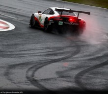 FIA WEC: Second Series Pole for 911 RSR
