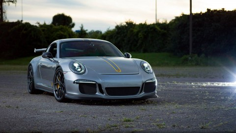 Esoteric 911 GT3 with HRE R101 Wheels