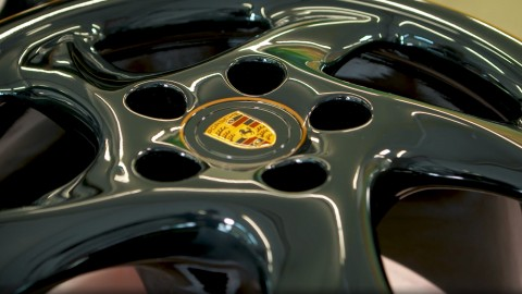 Porsche Classic Project Gold: Lacquer and Laser